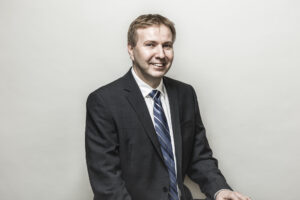 headshot of professor Aleksander Czekanski