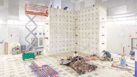 High bay lab