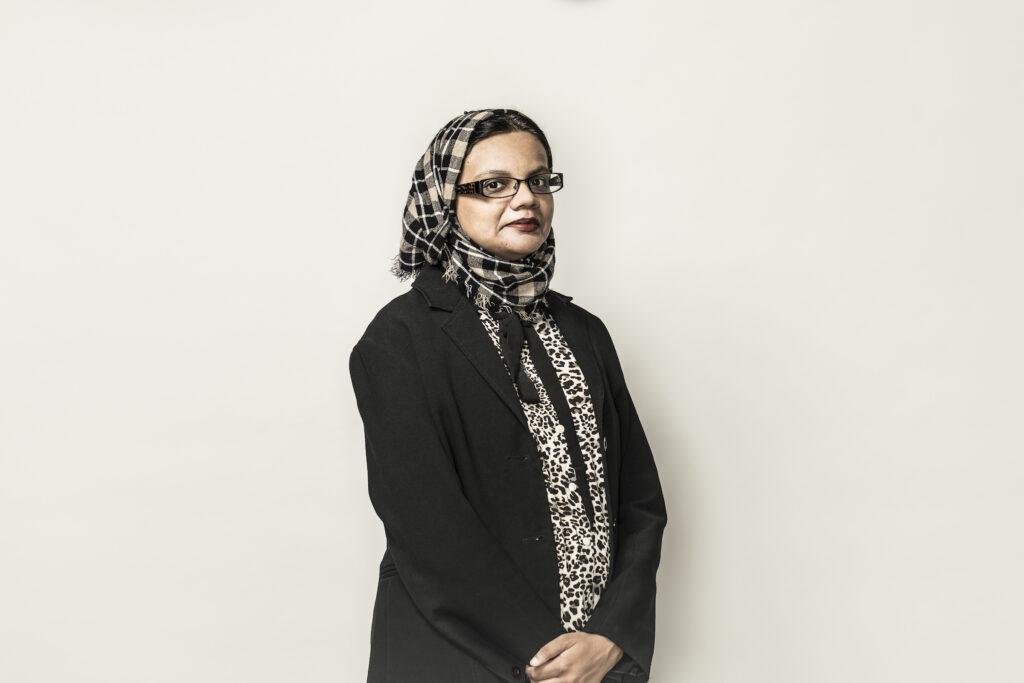 Headshot of professor Hina Tabassum