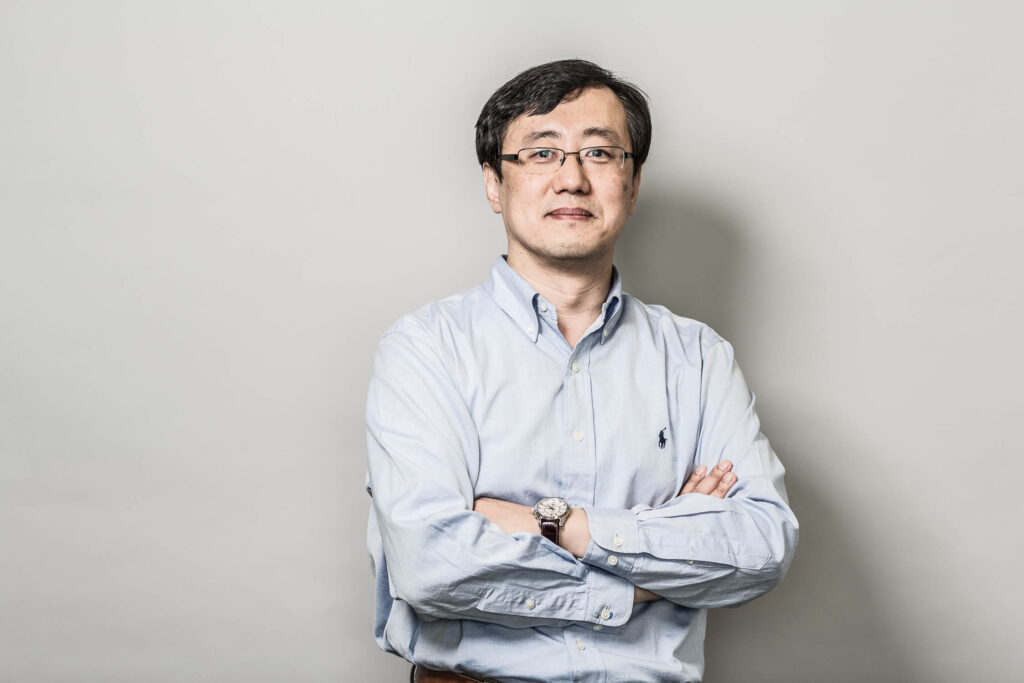 Headshot of professor Gunho Sohn